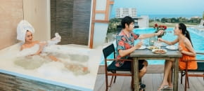 Whale Hotel (Jacuzzi), หัวหิน